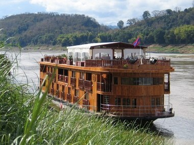 Cruise Northern Laos